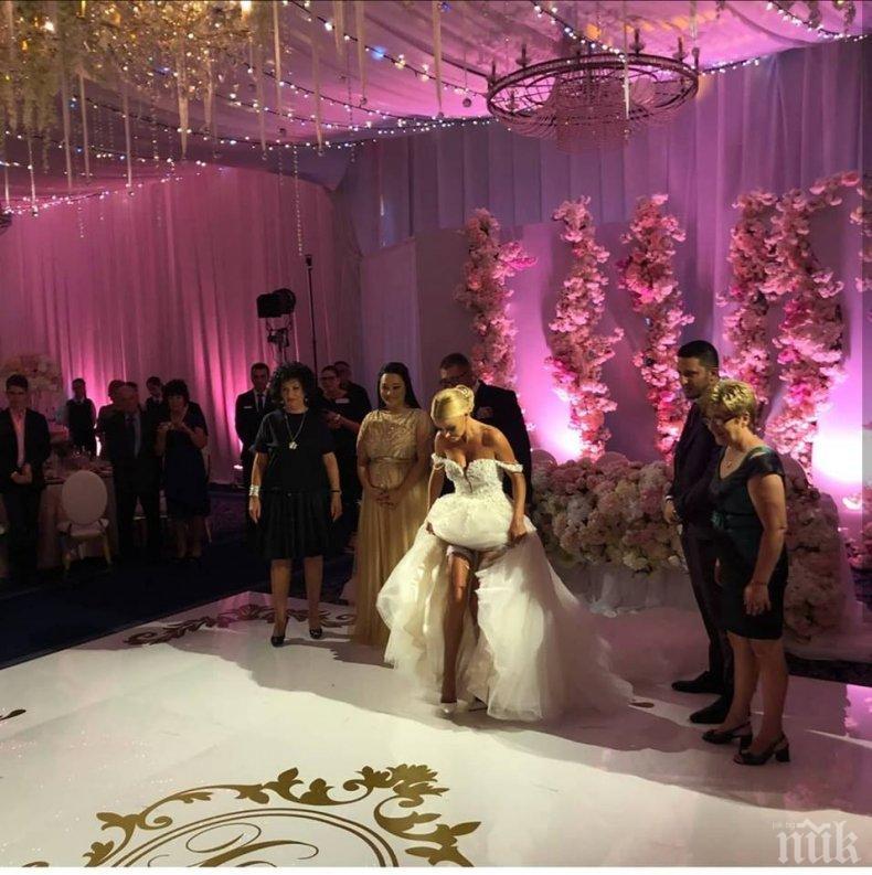 САМО В ПИК! ПЪРВИ КАДРИ от уникалната сватба на Светлана и Християн Гущерови (СНИМКИ/ВИДЕО)