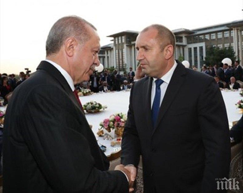 НА ЧЕТИРИ ОЧИ! Румен Радев се среща с Реджеп Ердоган