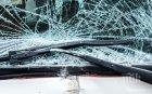 ЗВЕРСКО МЕЛЕ! Пътник загина, а двама шофьори са в болница след челен удар край Видин