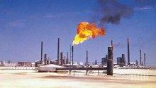 САЩ добиха 11 милиона барела суров петрол за един ден за първи път в историята