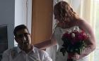 Бяха съпрузи само 13 часа. Британец издъхна пред очите на любимата си