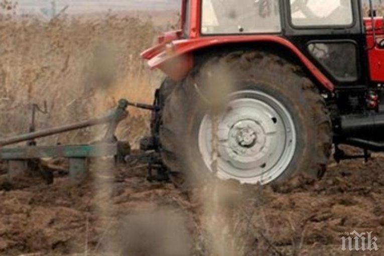 Трактор затисна мъж в Сливен