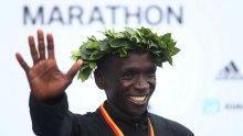Кипчоге триумфира на маратона в Берлин с нов световен рекорд