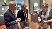 Боил Банов готви българска изложба в Париж