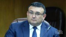 ИЗВЪНРЕДНО В ПИК! Младен Маринов с гореща информация за проверките в двете онкоболници! Има 8 задържани