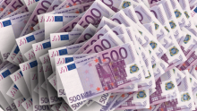 Митничарите на Калотина спипаха недекларирани 42 000 евро
