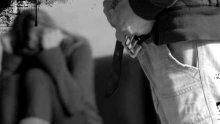 """ТОТАЛЕН ШОК! Изверг блудства с малолетна на спирка на """"Руски паметник"""" в София"""