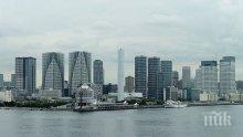 Властите в Япония търсят средства за справяне с наплива на туристи по няколко дестинации