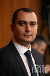 Депутат от ГЕРБ за вота на недоверие: БСП живеят в паралелна вселена