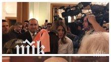 ОТ ПЪРВО ЛИЦЕ: Румен Радев прави партия с принц Кирил, видни костовисти, протестъри и духа на Слави Трифонов в Лондон