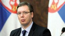 На четири очи: Президентът на Сърбия поканен на среща с Ангела Меркел