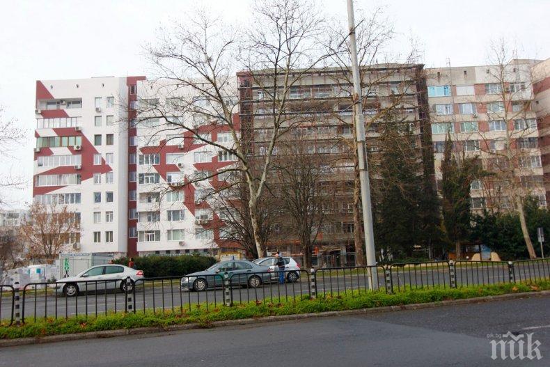 ИНЦИДЕНТ В БУРГАС: Дете на 3 годинки падна от 4-ия етаж, бере душа в болницата