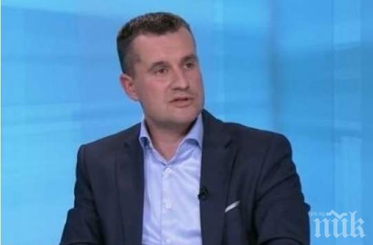 Калоян Методиев: Пактът на ООН улеснява миграцията, създава държави в държавите