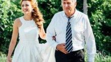 СТРАШНА МЪКА: Вижте какво сподели бащата на зверски убитата Виктория Маринова