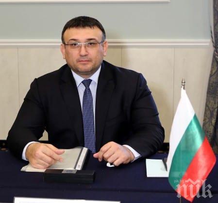 ПЪРВО В ПИК TV: Младен Маринов с горещ коментар за полицейското присъствие на срещите на Корнелия Нинова