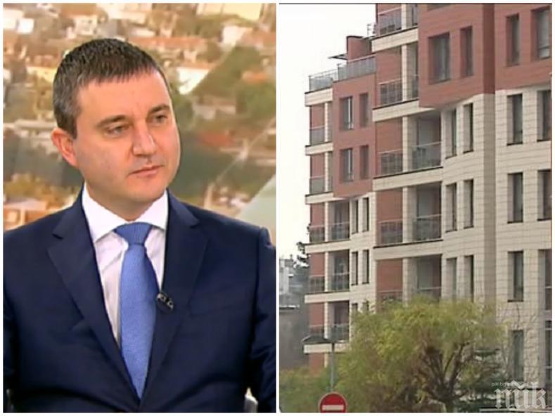 ГОРЕЩА ТЕМА: Владислав Горанов изплю камъчето за апартамента на кръстника - приел да живее в него, защото бил изплашен