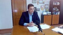 СТРАШЕН СКАНДАЛ: Кметът на Петрич уволни главния си архитект за серия от гафове - лобиране, бавене на жалби и скандали с жена му