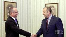 Румен Радев равнис по съдията на олигархията Лозан Панов