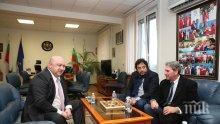 Кралев проведе работна среща с президента на Международната тенис федерация Дейвид Хагърти