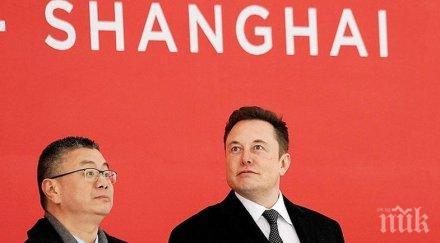 """Илон Мъск обяви, че """"Тесла"""" ще строи завод в Шанхай"""