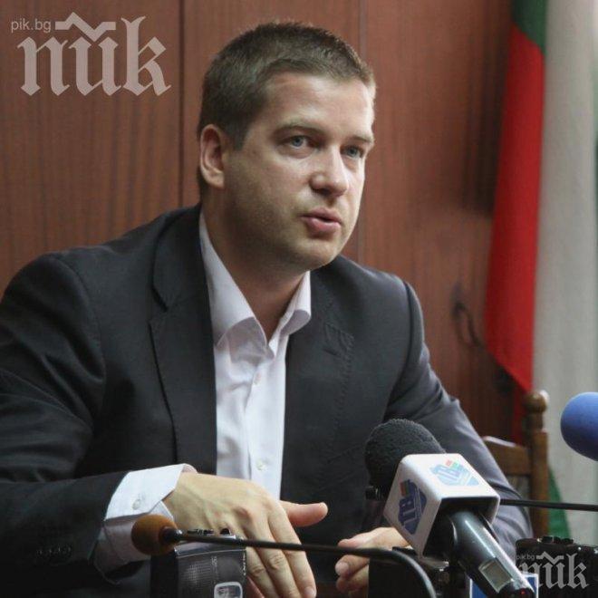 Кметът на Стара Загора съди седем души за клевета във Фейсбук