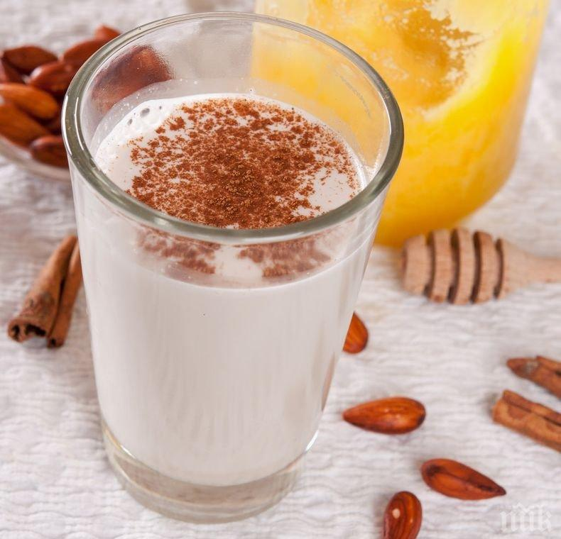 Пет неща, които трябва да знаете за бадемовото мляко