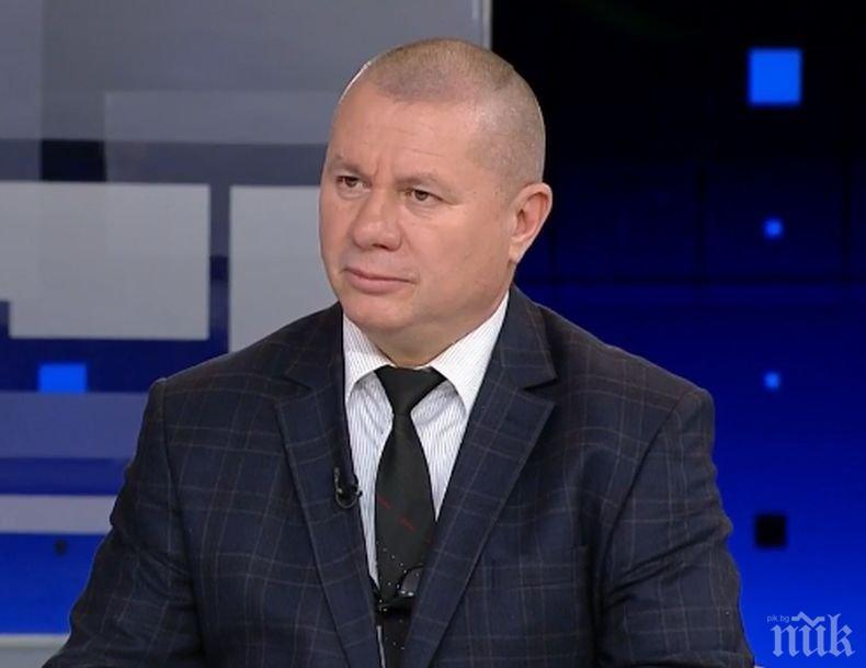 Ген. Димитър Шивиков за циганските нападения срещу военни: Протестите за оставката на Каракачанов граничат с наглостта!