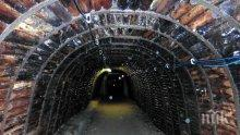 Спасиха живота на 100 миньори, попаднали в клопка в дълбок рудник