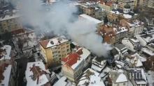 ПОЖАР В ГАБРОВО: Горят три къщи в центъра на града (ВИДЕО)