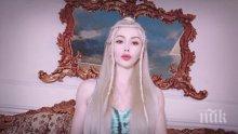 """УБИЙСТВЕНА ПРИЛИКА: Вижте коя е """"живата кукла Барби"""" от Молдова (СНИМКИ)"""