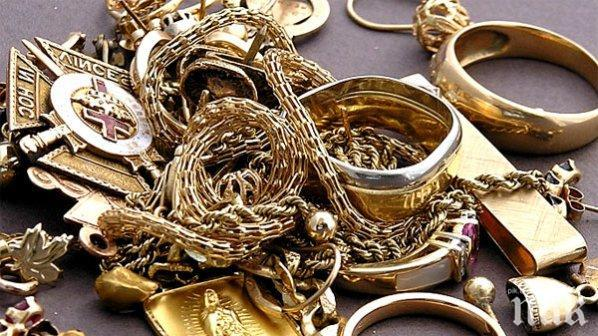 """Австриец ще плати 53 000 лева за недекларирано злато на """"Калотина"""""""