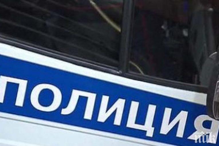 Издирват автоджигит, избягал от полицейска проверка след сблъсък и стрелба