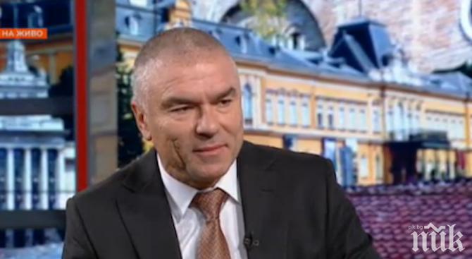 Веселин Марешки нарече Каракачанов лъжец, който иска още привилегии за циганите