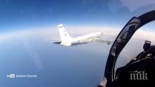 УНИКАЛНО ВИДЕО: Ето как Су-27 прихвана американски разузнавателен самолет над Балтийско море