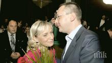 ПЪРВО В ПИК TV! ПРЕДИ ВОТА: Станишев донесе подарък за сина на Елена Йончева