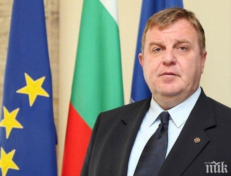 САМО В ПИК TV: Вицепремиерът Каракачанов: Държа отворена вратата на Валери Симеонов до последно! Кампанията с апартаментите е предизборна (ОБНОВЕНА)