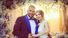 ТЕЖКО Й СЕ ПИШЕ: Гринго командва Софи Маринова след сватбата