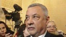 ПЪРВО В ПИК TV: Валери Симеонов притеснен за работата в парламента и след новината за Дариткова