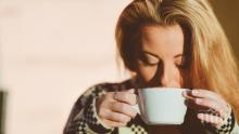 УЧЕНИ ОТКРИХА: Няколко минути сън заместват кафето