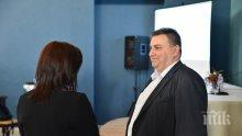 """Емил Радев обясни как Европарламентът предлага """"спасителен пояс"""" на задлъжнелите предприятия (СНИМКИ)"""