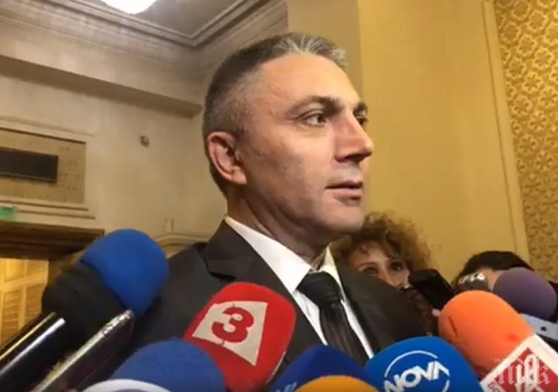 Карадайъ оглави евролистата на ДПС, Пеевски - втори