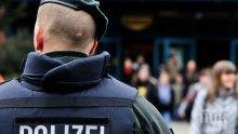 Акция в Германия! Удариха страшна банда, търгувала с наркотици, данни и софтуер