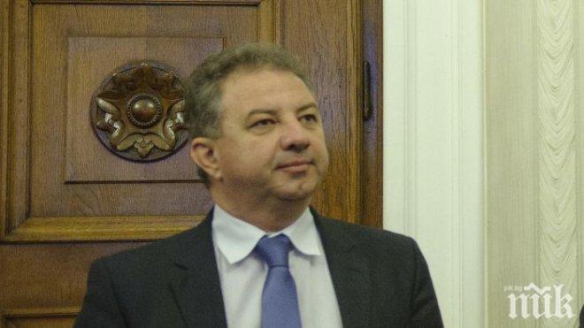 Борис Ячев от НФСБ на среща с избиратели: Валери Симеонов e човекът, който изгони лицемерието от българската политика