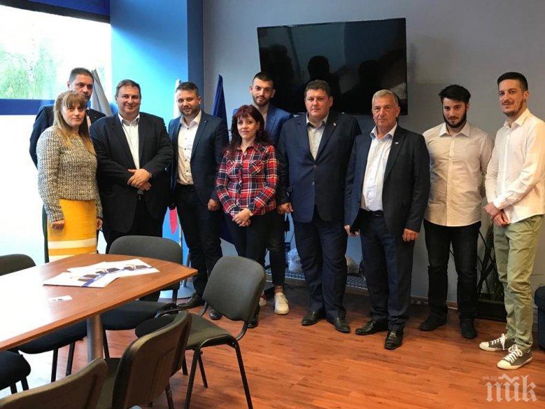 """Емил Радев в Каварна: Борбата срещу """"вечните длъжници"""" стана моя кауза и в Европейския парламент"""