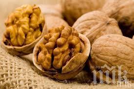 НОВО 20: Яжте орехи против високо кръвно