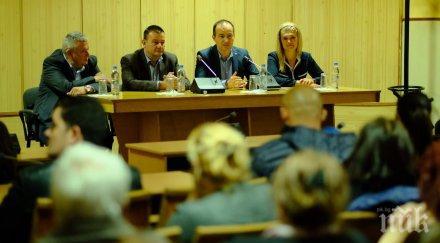 Андрей Ковачев в Сливница: Само чрез конкурентноспособна икономика и създаване на нови работни места ще повишим жизнения стандарт в България