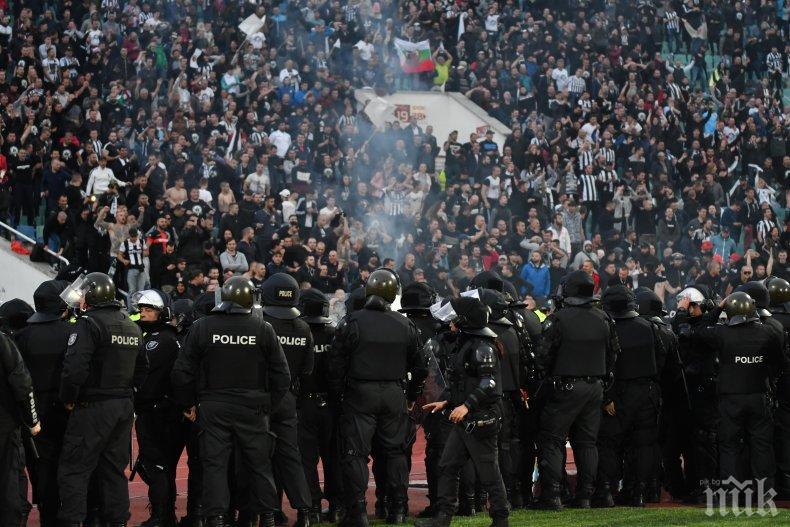 Около 40 са задържаните преди и по време на мача между Ботев и Локо - Пловдив
