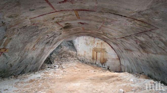 СЕНЗАЦИЯ: Откриха тайна стая под двореца на Нерон в Рим (СНИМКИ)