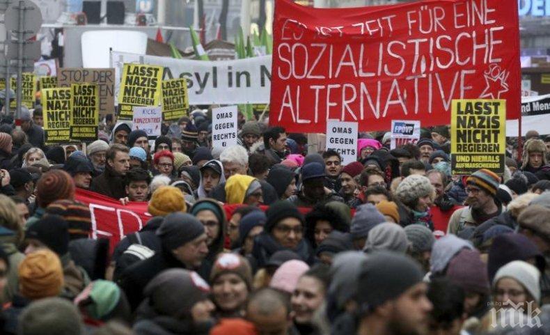 Хиляди шестваха с искане за нови избори в Австрия
