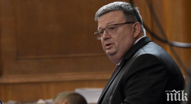 ЕКСКЛУЗИВНО: Главният прокурор Цацаров с първи думи за вота